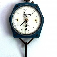 Hanging-salter-Scale-Clock-1-200x200