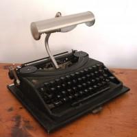 Oliver-Typewriter-Lamp-2-200x200